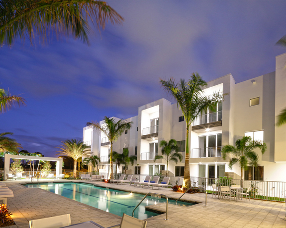 Moderne Boca Palm Beach